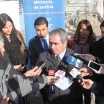 """Gobernador Gianni Rivera y seremi de Justicia, Paz Anastasiadis, calificaron como un """"hito histórico"""" la puesta en marcha del proceso de implementación del nuevo sistema."""