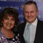 Virginia Reginato, Alcaldesa de Viña del mar, junto con el nuevo director ejecutivo de Chilevisión Francisco Mandiola Allamand.