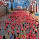 Más de 4 mil corredores dieron vida a la novena versión de la prueba cuyo recorrido pasa por el interior del recinto portuario, el borde costero y todo el atractivo patrimonial de Valparaiso.