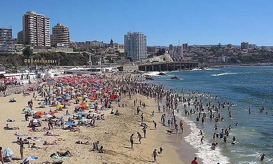 Masiva llegada de turistas nacionales y extranjeros marcó el fin de semana de Año Nuevo en la región de Valparaíso